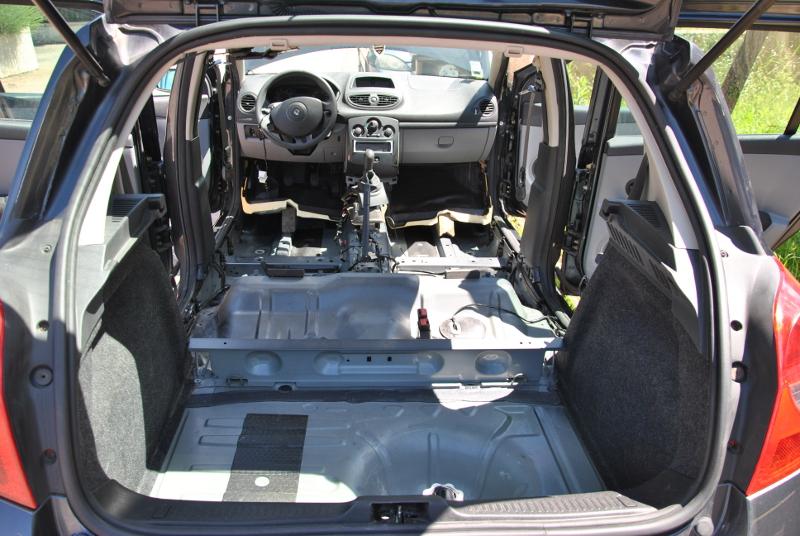 clio 2 la centrale voiture d occasion renault clio avant apr s tout savoir sur les nombreux. Black Bedroom Furniture Sets. Home Design Ideas